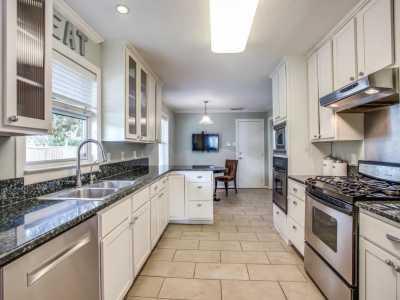 Sold Property | 6017 Preston Haven Drive Dallas, Texas 75230 12