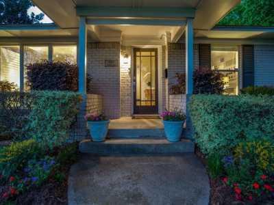Sold Property | 6017 Preston Haven Drive Dallas, Texas 75230 5