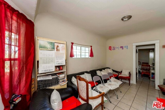Active | 126 E 36TH Place Los Angeles, CA 90011 11