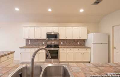 Property for Rent | 15606 Mitchell Bluff  San Antonio, TX 78248 11