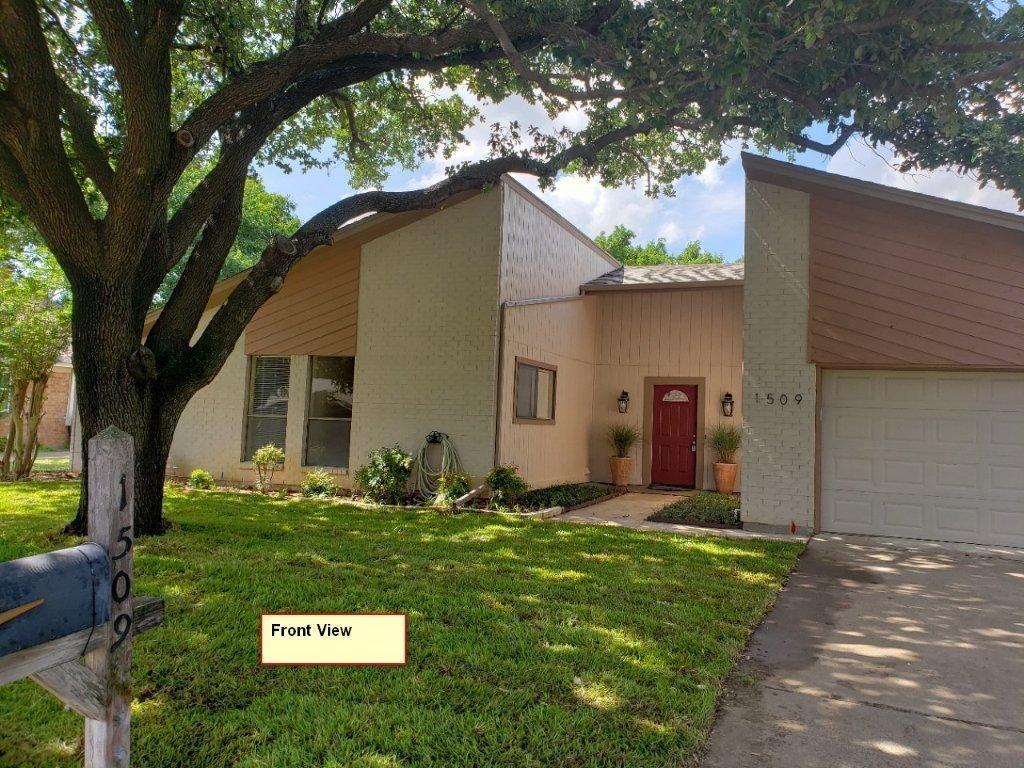 Leased | 1509 Flamingo  Drive Arlington, TX 76012 0