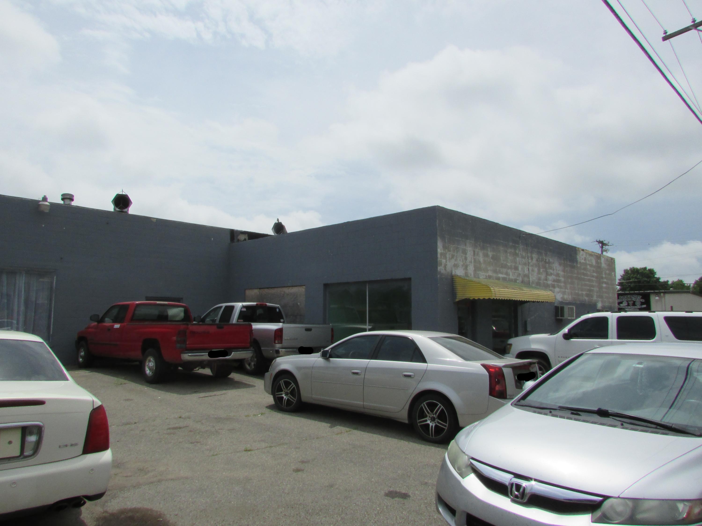 Off Market | 111 S State Street Wagoner, OK 74467 8