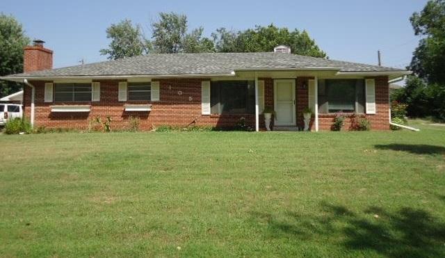 Sold Intraoffice W/MLS | 105 N Irving  Ponca City, OK 74601 0