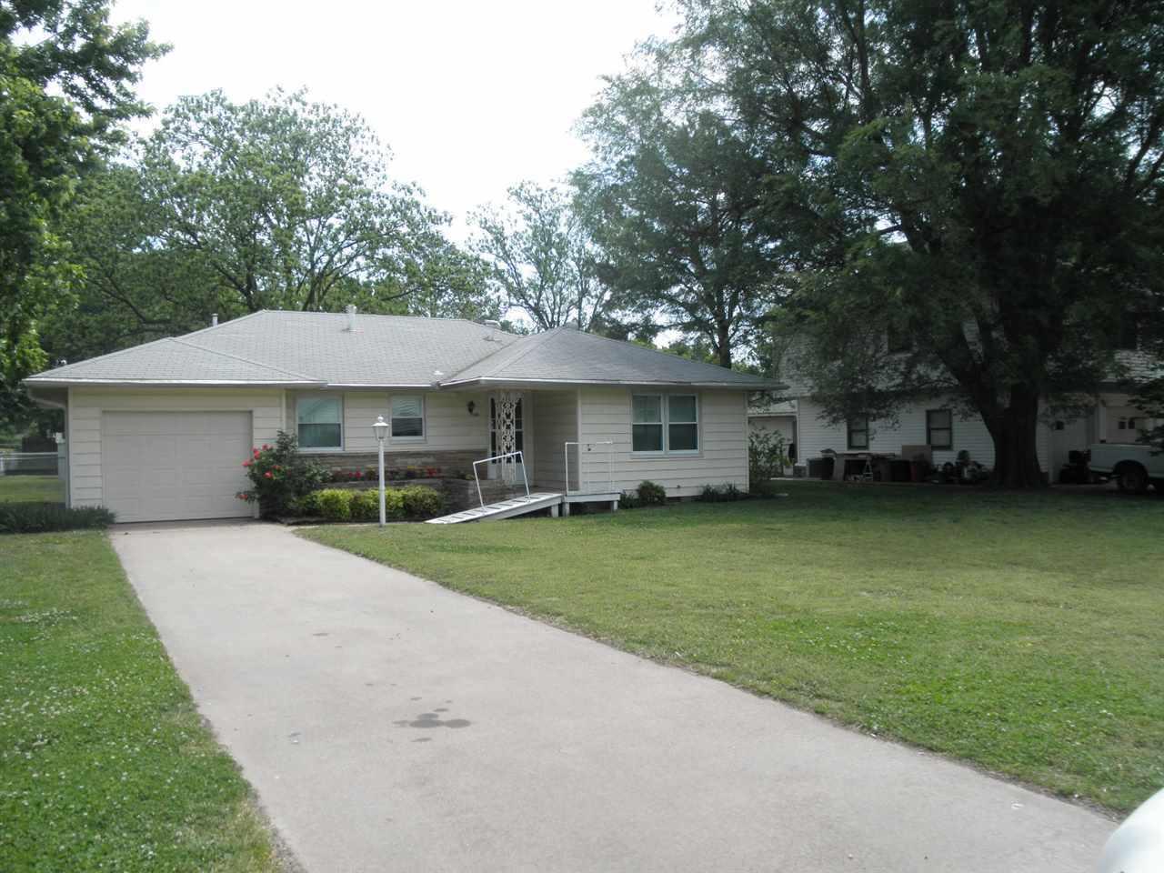 Sold Intraoffice W/MLS | 305 N Flormable  Ponca City, OK 74601 0