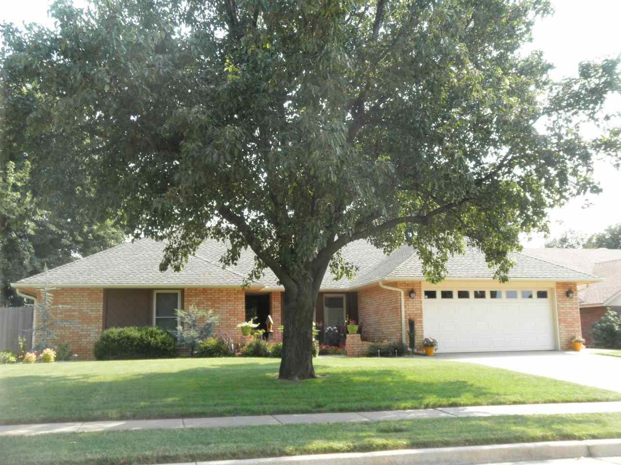 Sold Intraoffice W/MLS | 2316 Chapel Hill  Ponca City, OK 74604 0