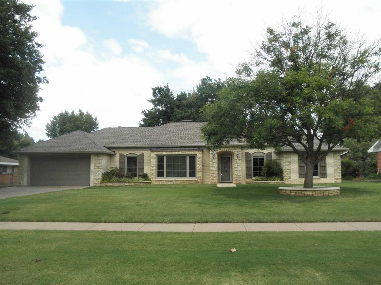Sold Intraoffice W/MLS   2411 Mockingbird  Ponca City, OK 74604 0