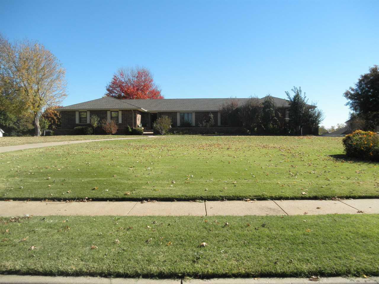 Sold Cross Sale W/ MLS | 1305 Meadowbrook Ponca City, OK 74604 0