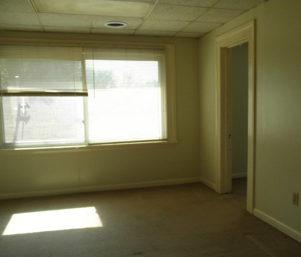 Sold Intraoffice W/MLS | 806 W Grand  Ponca City, OK 74601 18