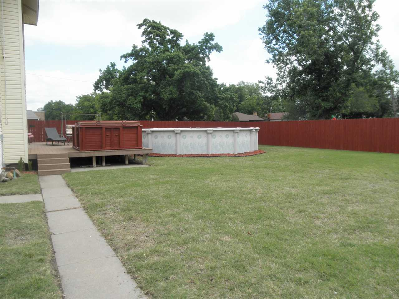 Sold Intraoffice W/MLS | 806 W Grand  Ponca City, OK 74601 32