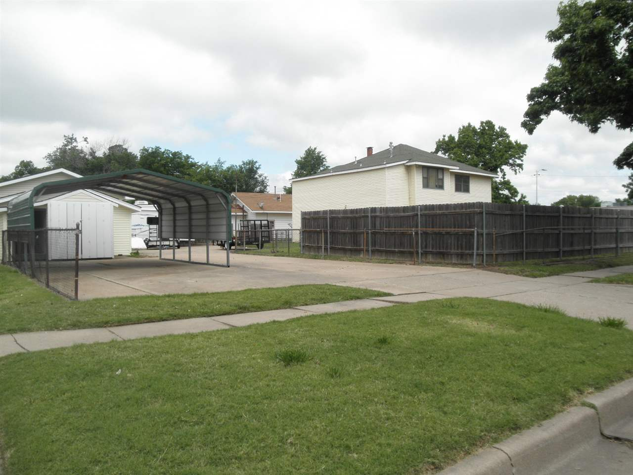 Sold Intraoffice W/MLS | 806 W Grand  Ponca City, OK 74601 34