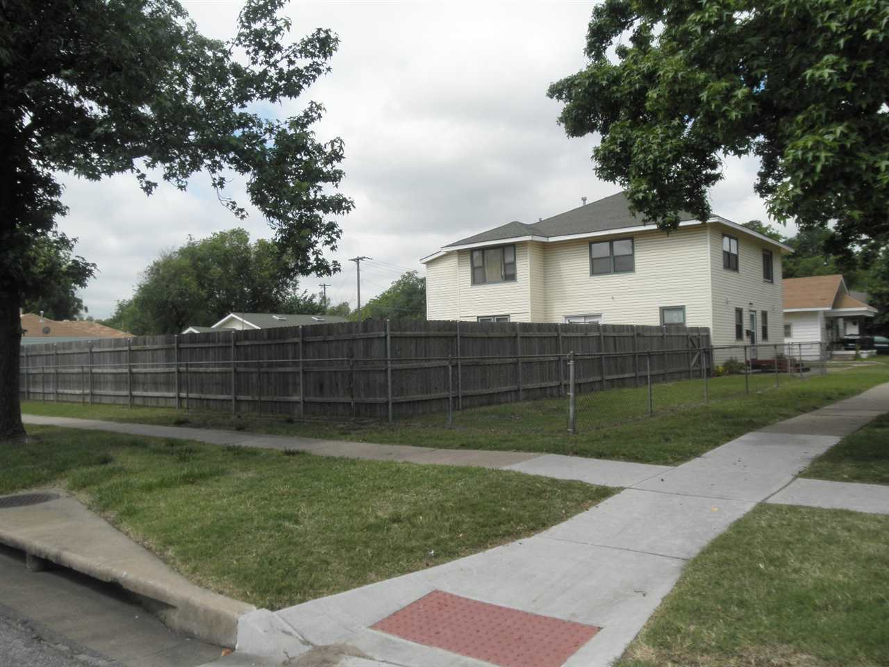 Sold Intraoffice W/MLS | 806 W Grand  Ponca City, OK 74601 35