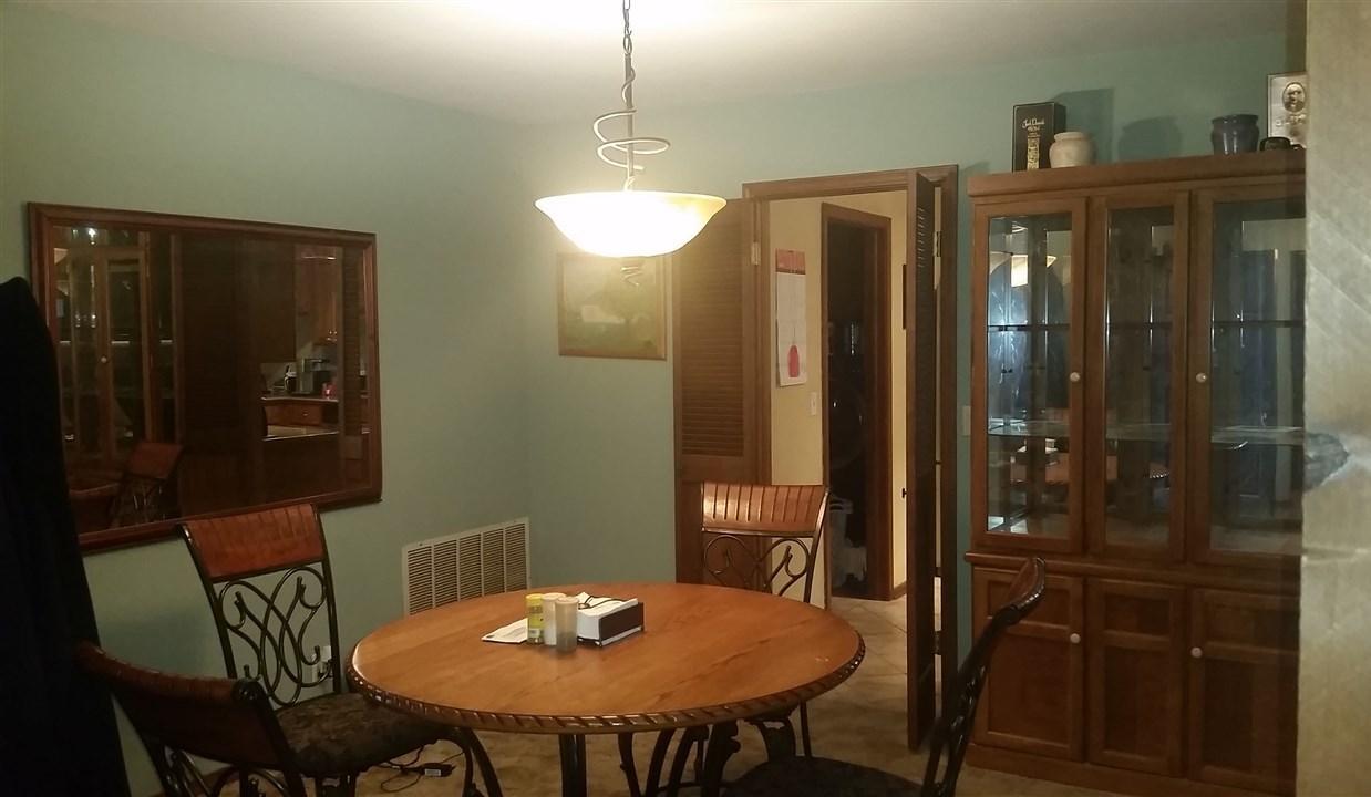 Sold Cross Sale W/ MLS | 2405 Barclay Place  Ponca City, OK 74604 1
