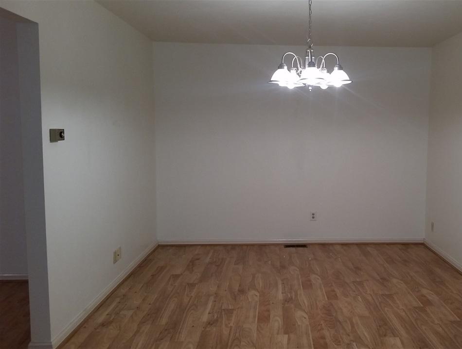 Sold Cross Sale W/ MLS | 1414 E Hartford #4 Ponca City, OK 74604 4