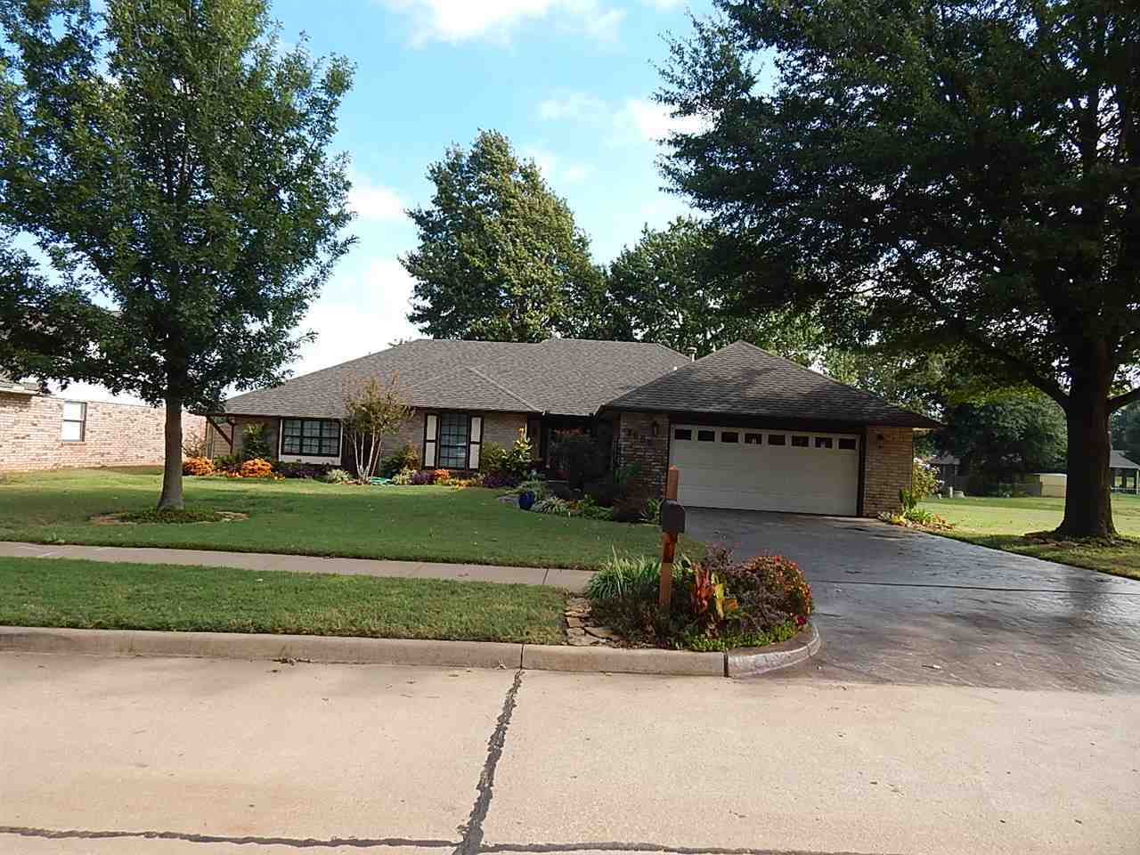Sold Cross Sale W/ MLS | 3609 Wellington Ponca City, OK 74604 0