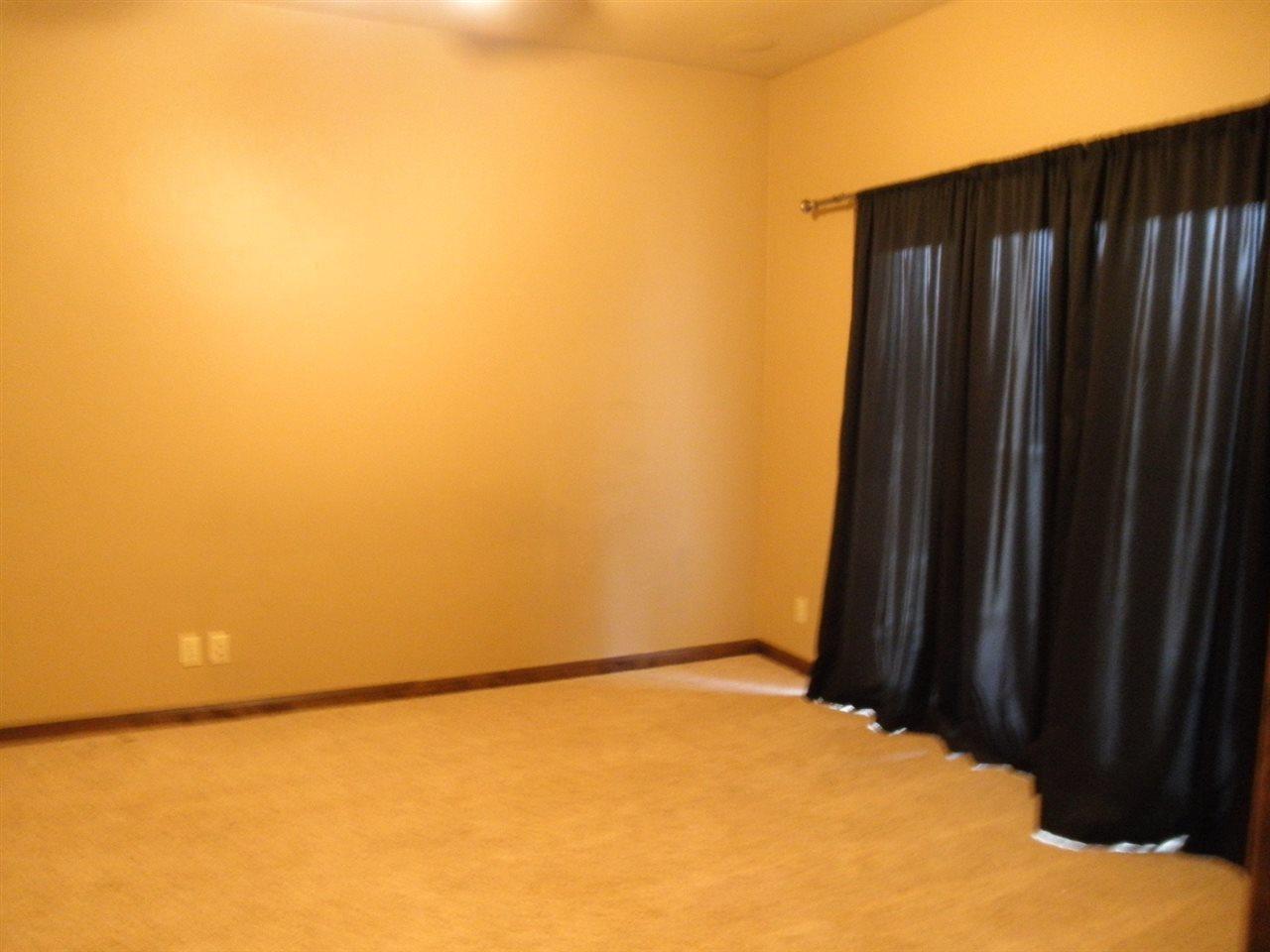 Sold Cross Sale W/ MLS | 2705 Mockingbird  Ponca City, OK 74604 15