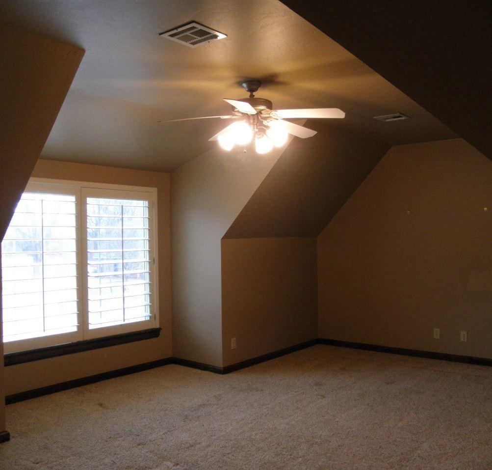 Sold Cross Sale W/ MLS | 2705 Mockingbird  Ponca City, OK 74604 19