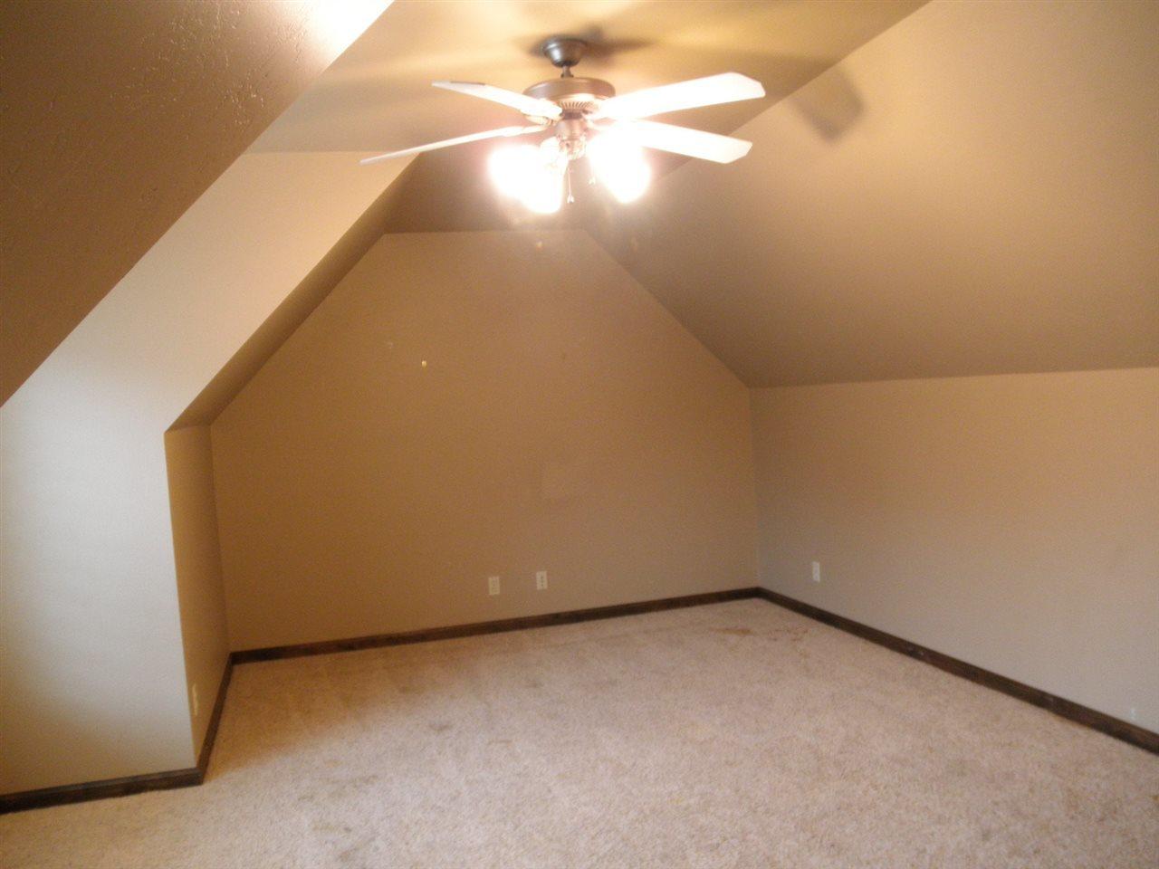 Sold Cross Sale W/ MLS | 2705 Mockingbird  Ponca City, OK 74604 20