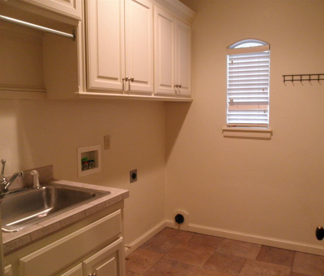 Sold Cross Sale W/ MLS | 2705 Mockingbird  Ponca City, OK 74604 21