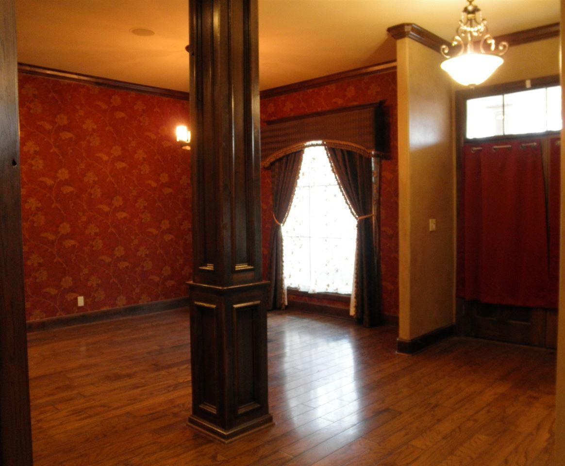 Sold Cross Sale W/ MLS | 2705 Mockingbird  Ponca City, OK 74604 4