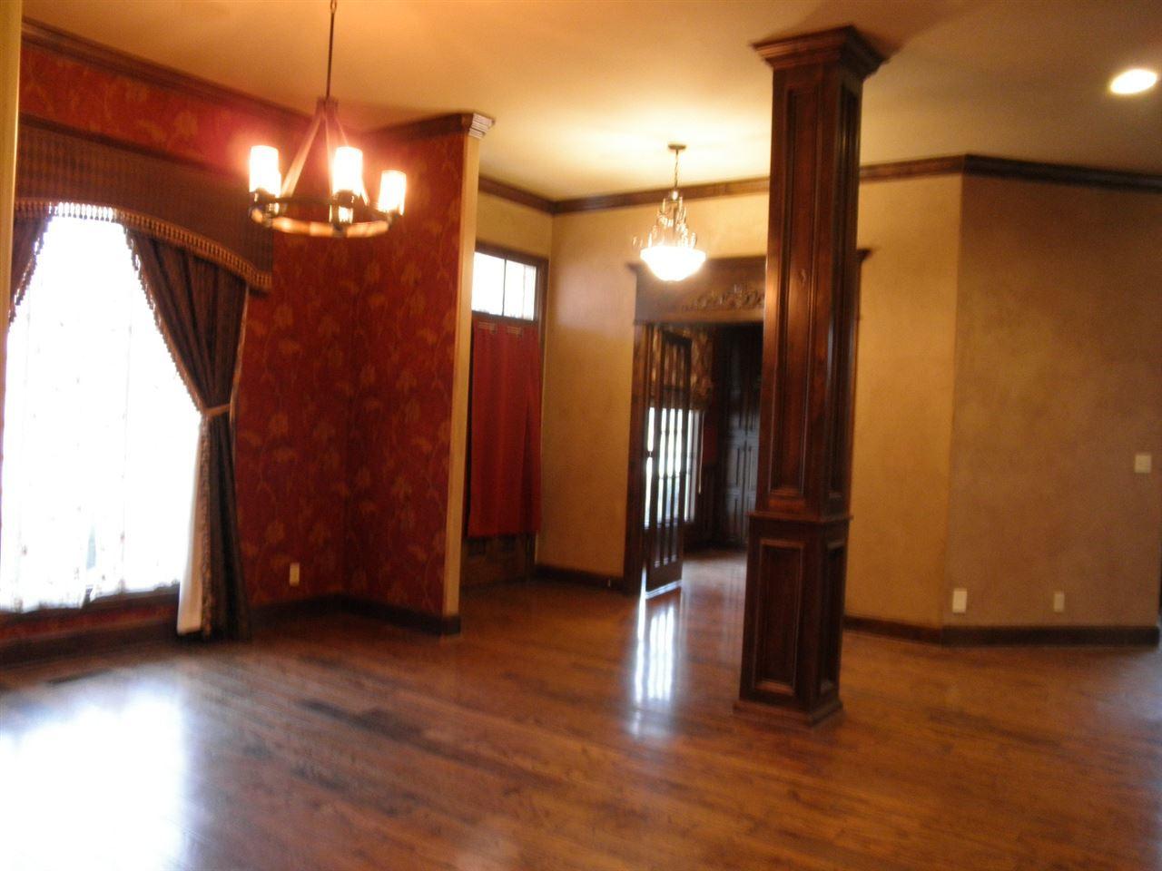 Sold Cross Sale W/ MLS | 2705 Mockingbird  Ponca City, OK 74604 5