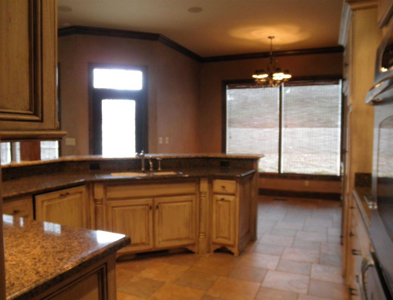 Sold Cross Sale W/ MLS | 2705 Mockingbird  Ponca City, OK 74604 8