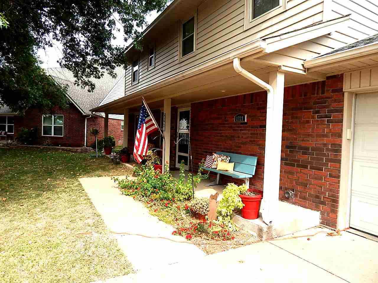 Sold Cross Sale W/ MLS | 2721 Wintergreen Ponca City, OK 74604 1
