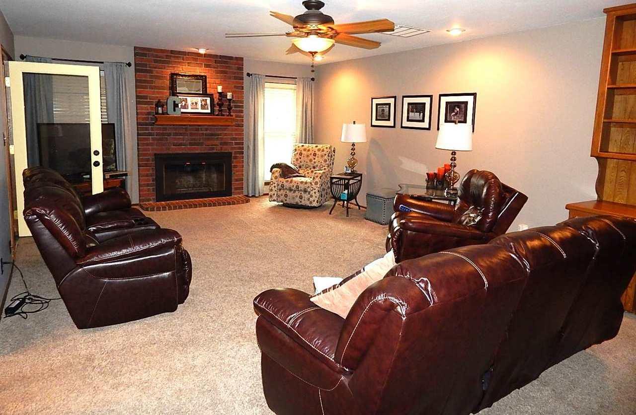 Sold Cross Sale W/ MLS | 2721 Wintergreen Ponca City, OK 74604 3