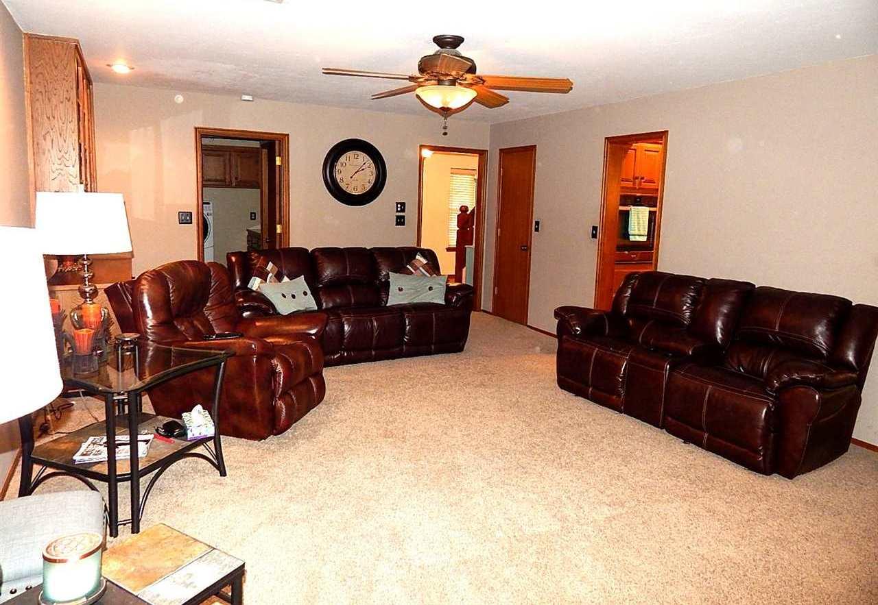 Sold Cross Sale W/ MLS | 2721 Wintergreen Ponca City, OK 74604 4