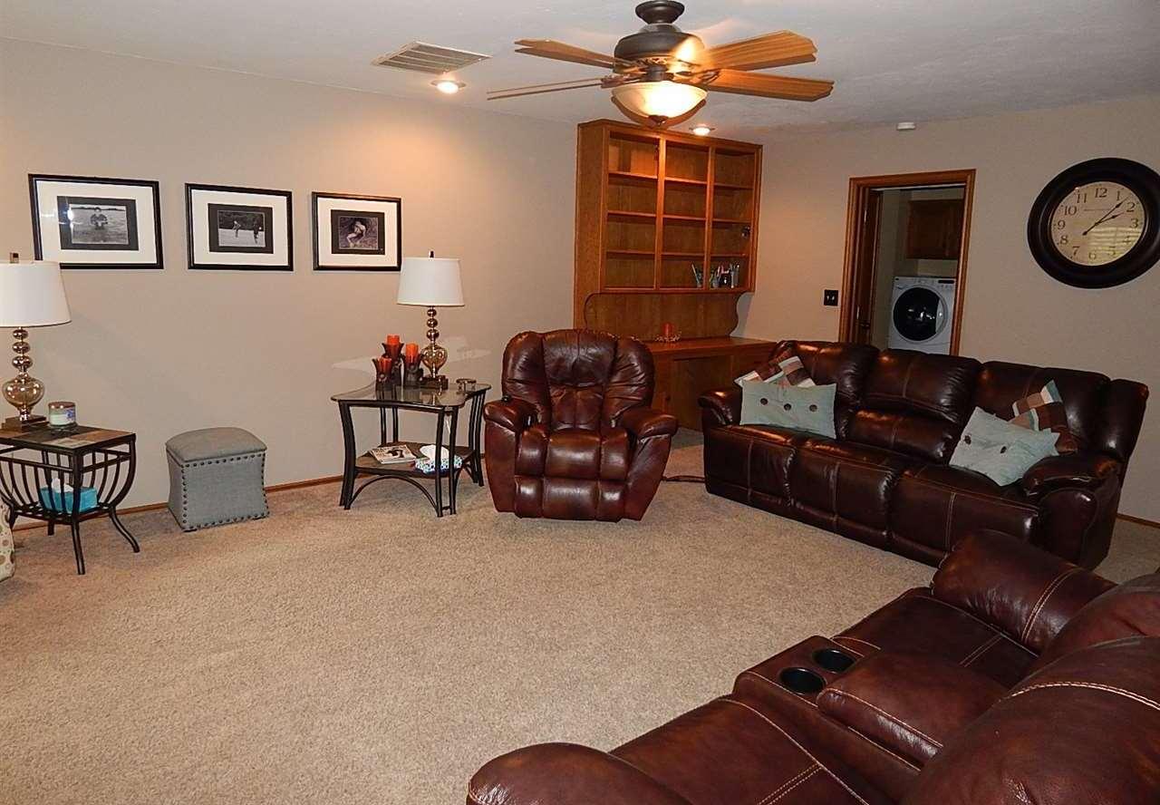 Sold Cross Sale W/ MLS | 2721 Wintergreen Ponca City, OK 74604 5