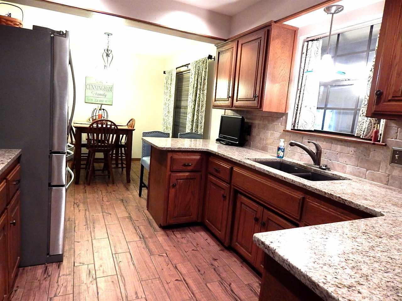 Sold Cross Sale W/ MLS | 2721 Wintergreen Ponca City, OK 74604 9