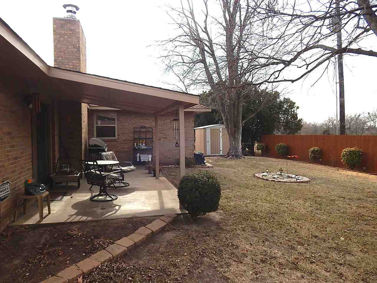 Sold By Non Board Member | 2708 Rice  Ponca City, OK 74604 16