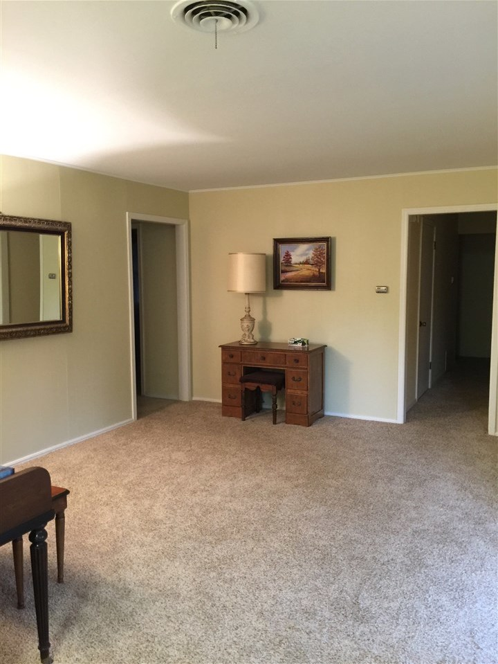 Sold Cross Sale W/ MLS   2812 E Hartford  Ponca City, OK 74604 7