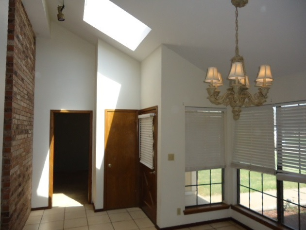 Sold Intraoffice W/MLS | 509 Greenbriar  Ponca City, OK 74601 1