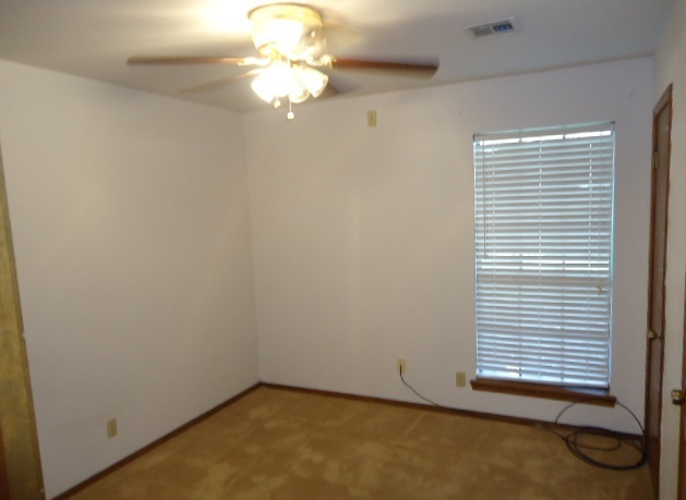 Sold Intraoffice W/MLS | 509 Greenbriar  Ponca City, OK 74601 10