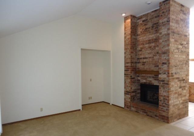 Sold Intraoffice W/MLS | 509 Greenbriar  Ponca City, OK 74601 3