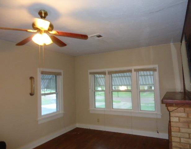 Sold Cross Sale W/ MLS   317 S Lake  Ponca City, OK 74601 5