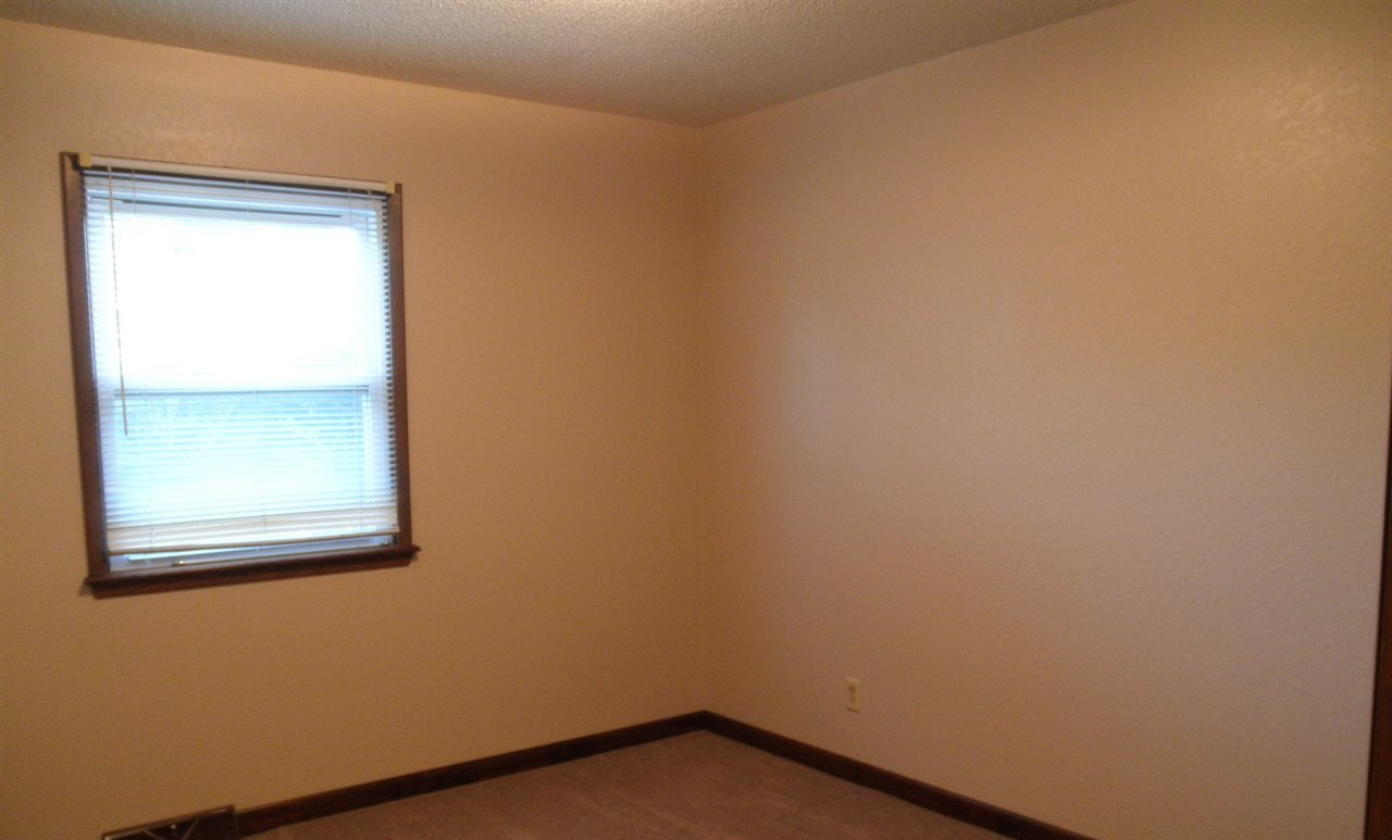 Sold Cross Sale W/ MLS | 4251 E Hubbs Estate Road  Ponca City, OK 74604 16