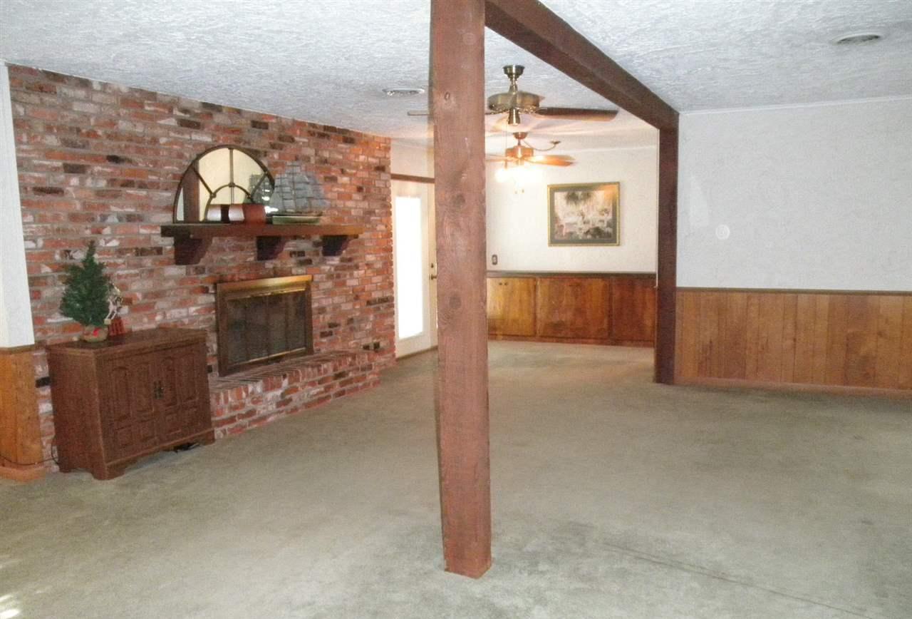 Sold Cross Sale W/ MLS | 1227 S Main  Blackwell, OK 74631 2
