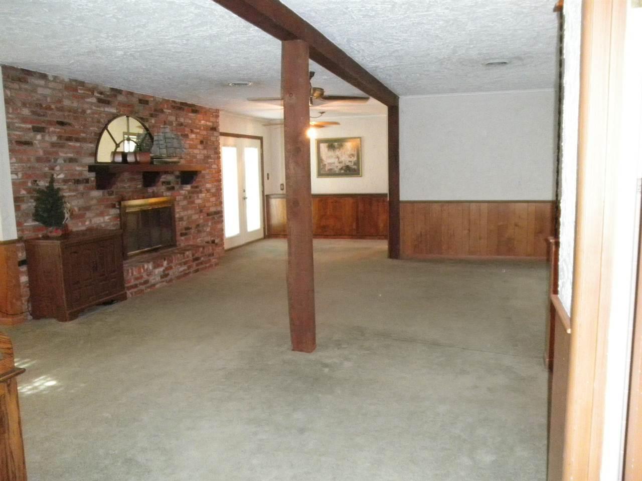 Sold Cross Sale W/ MLS | 1227 S Main  Blackwell, OK 74631 3