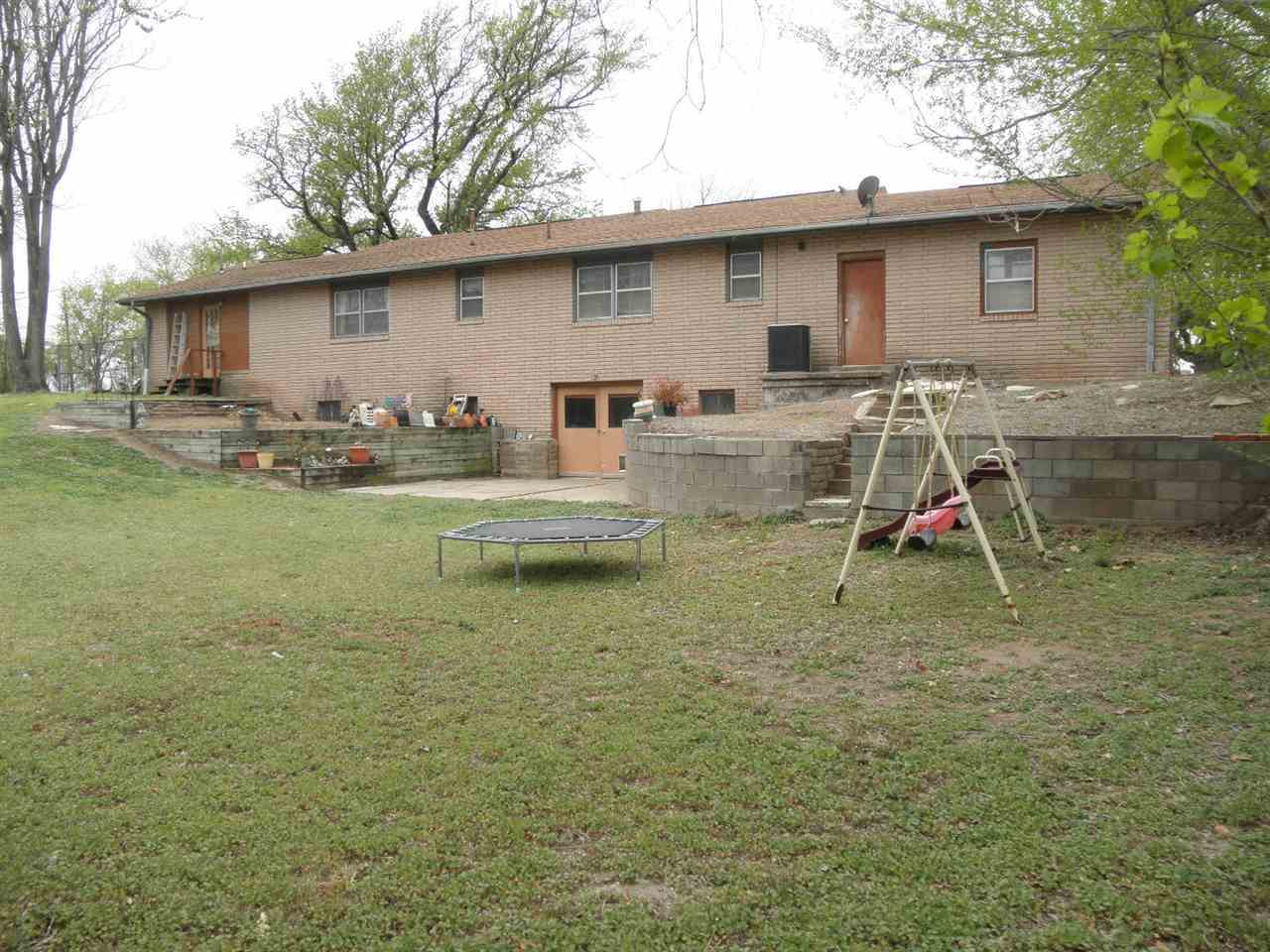 Sold By Non Board Member | 82 City View  Ponca Ciy, OK 74604 34