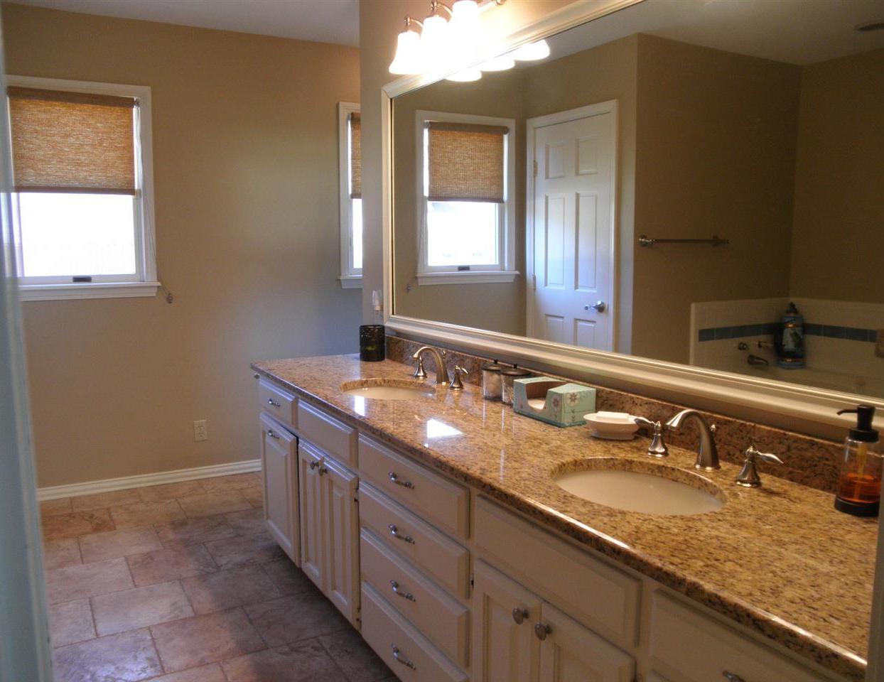 Sold Cross Sale W/ MLS | 15 Sherman Lane Ponca City, OK 74604 22