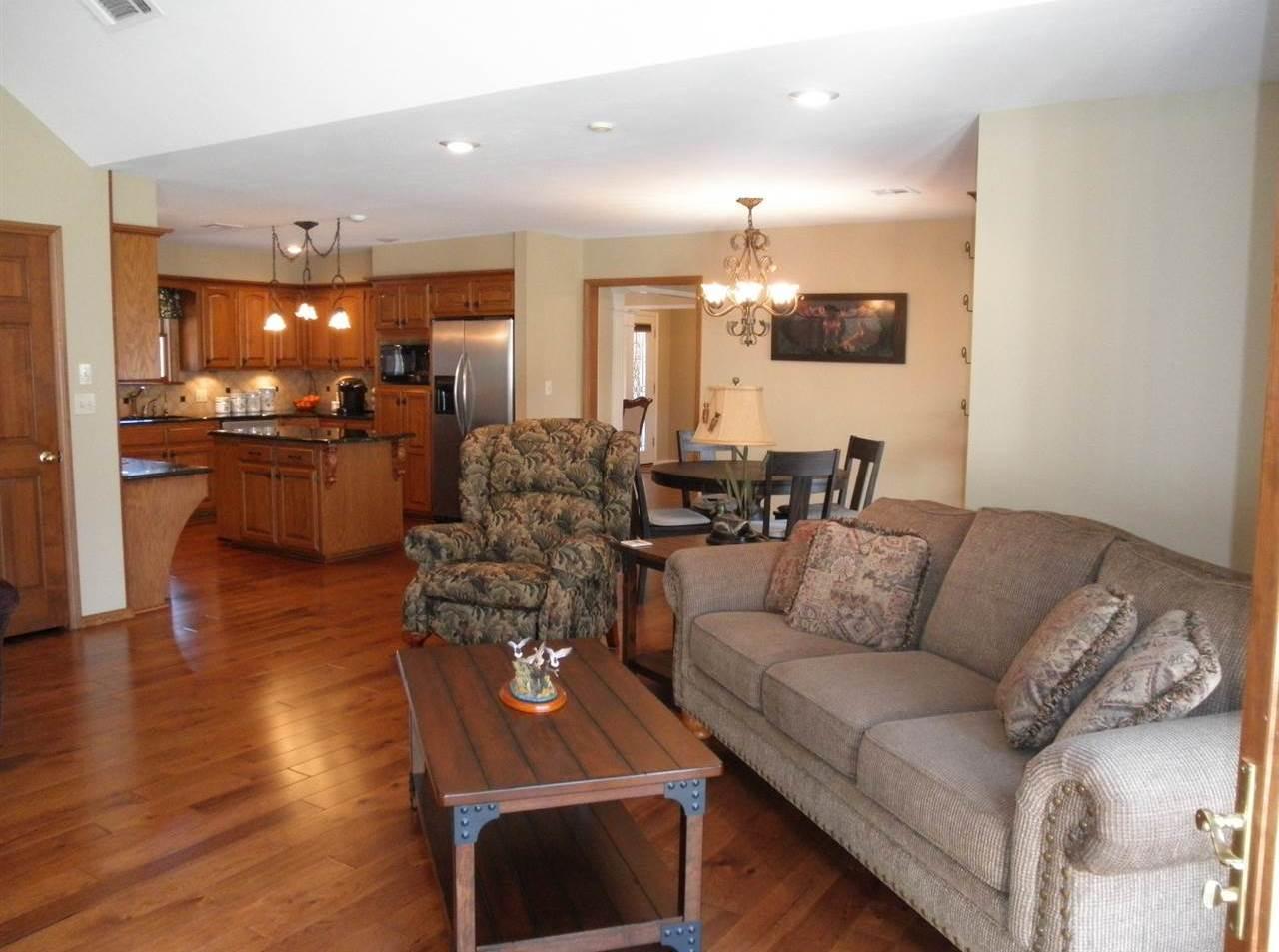 Sold Cross Sale W/ MLS | 15 Sherman Lane Ponca City, OK 74604 9