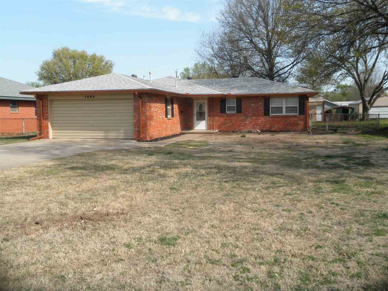 Sold Cross Sale W/ MLS | 1505 Donald  Ponca City, OK 74604 0