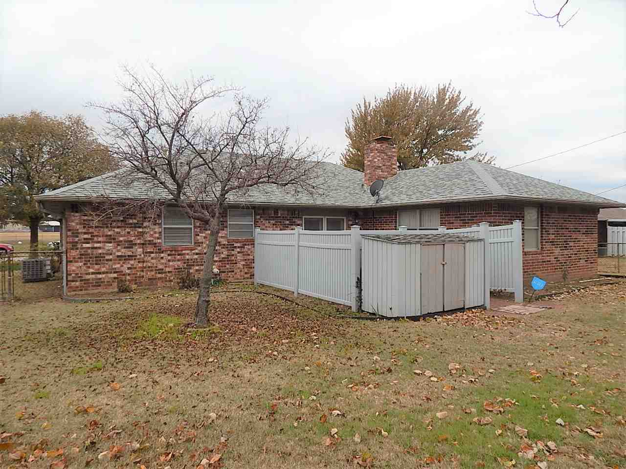 Sold Cross Sale W/ MLS | 1305 W Chestnut  Ponca City, OK 74601 12
