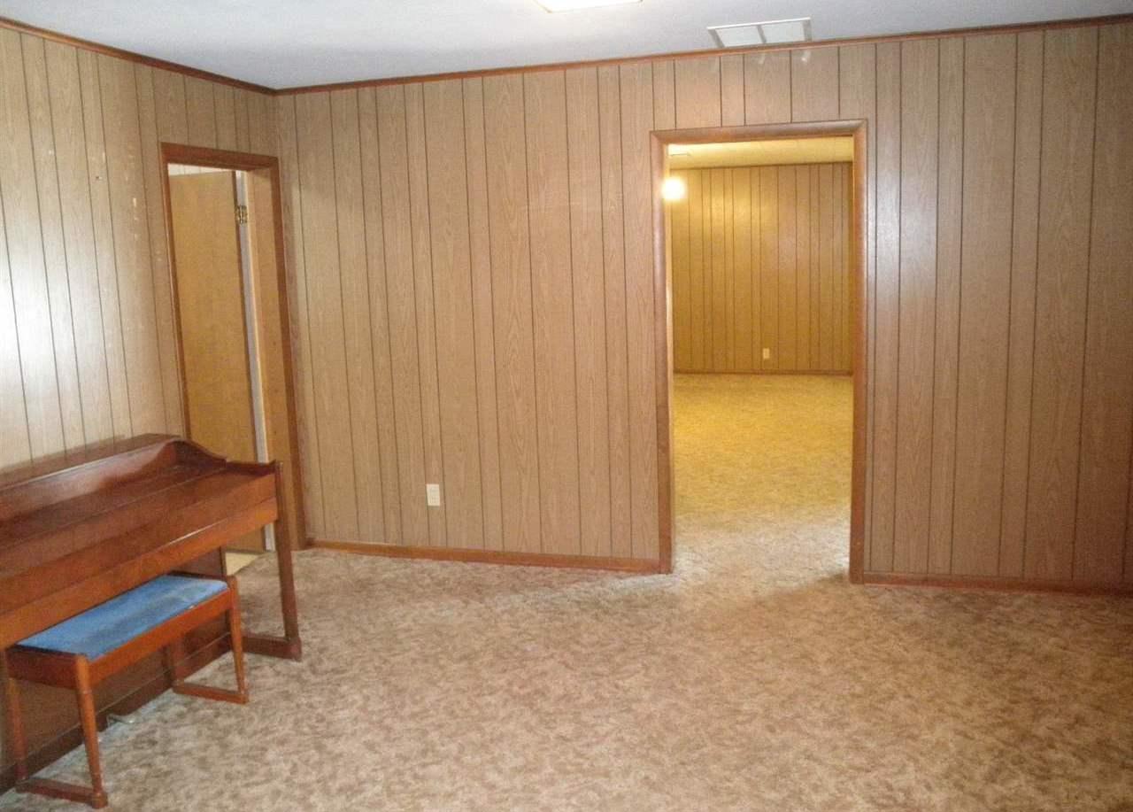 Sold Cross Sale W/ MLS | 916 E Cherry Ponca City, OK 74601 6