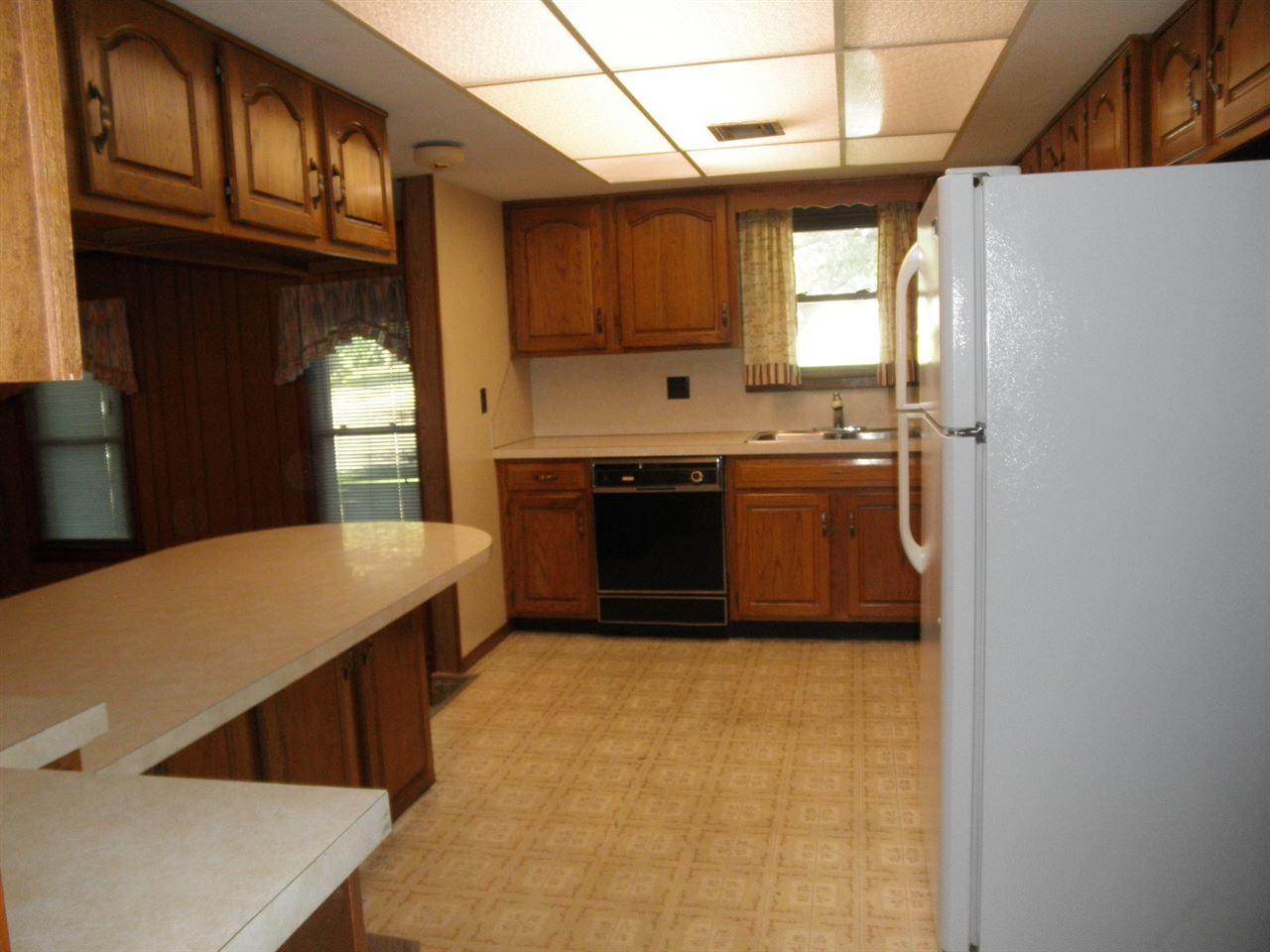 Sold Cross Sale W/ MLS | 916 E Cherry Ponca City, OK 74601 7