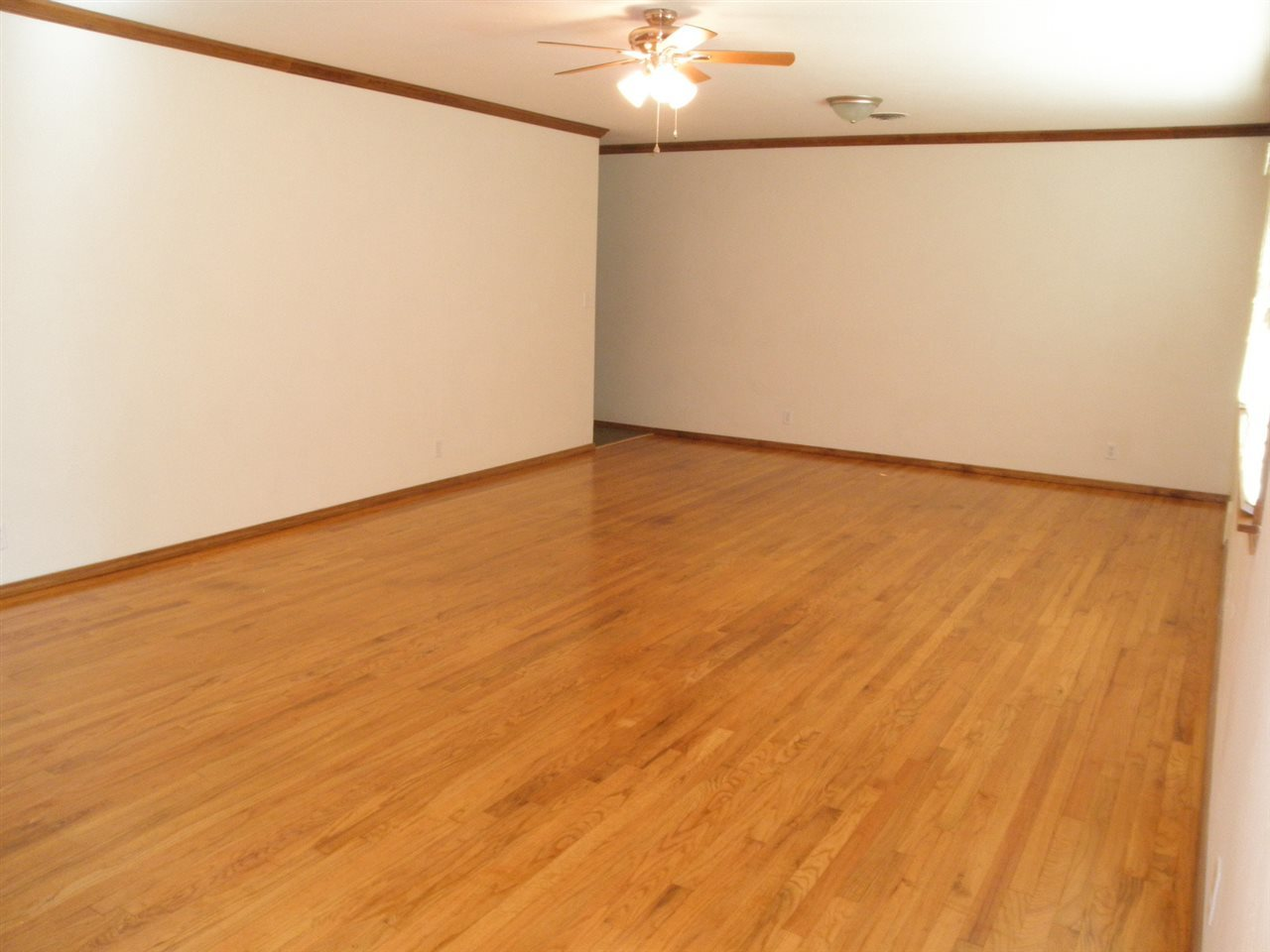 Sold Cross Sale W/ MLS   204 N 13th  Ponca City, OK 74601 1