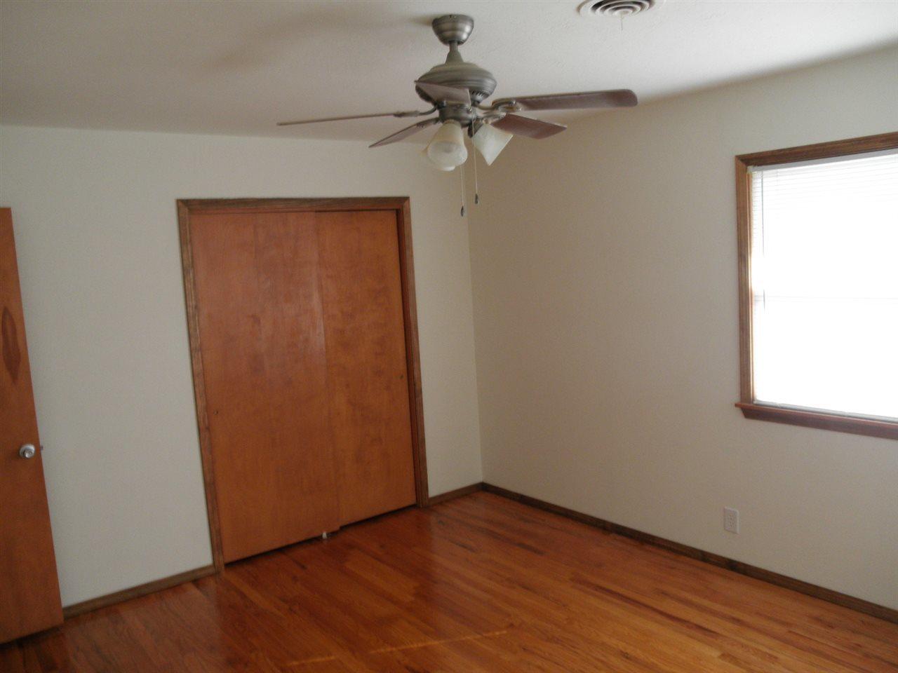 Sold Cross Sale W/ MLS   204 N 13th  Ponca City, OK 74601 11