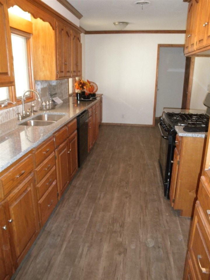 Sold Cross Sale W/ MLS   204 N 13th  Ponca City, OK 74601 12