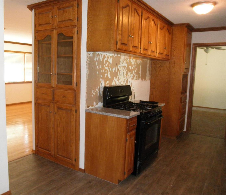 Sold Cross Sale W/ MLS   204 N 13th  Ponca City, OK 74601 16